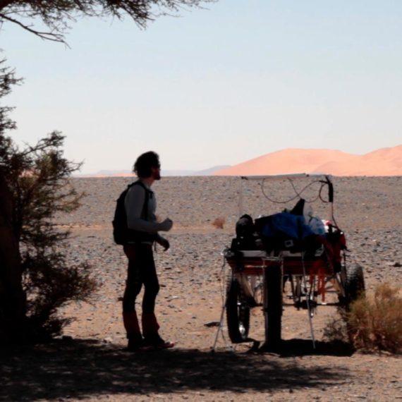 Premier essai du Solar Assit Explorer I, dans le désert du Maroc